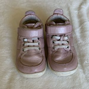 Stride Rite Bailey Infant Sneakers, size 4